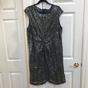 Vince Camuto Silver Cap Sleeve Dress